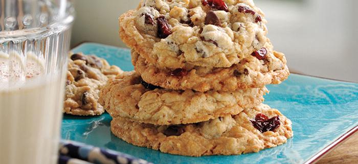 Chocolate Chip Oatmeal Cherry Cookies
